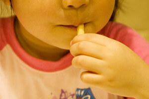 子どもに最低限教えておくべき!食事のマナー