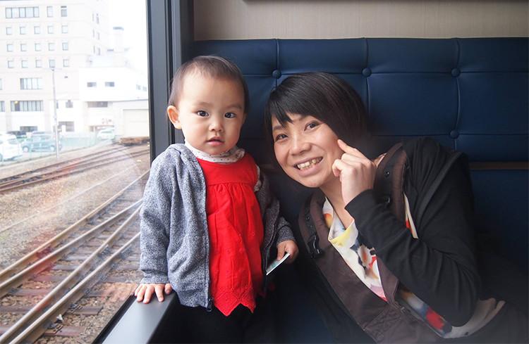 荒川あゆみさんと娘さん