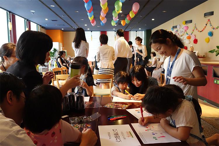 子どもをもつ社員を対象に毎年開催されるファミリーデー「ワークス☆キッズ」の様子