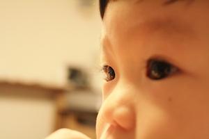 早期発見・早期治療で克服できる!子どもの「弱視」