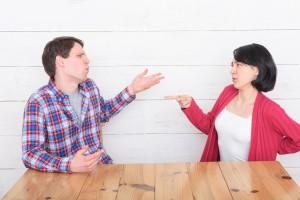 「なんで私ばっかり!?」ママvsパパ、家庭の不満と解決策を大調査!