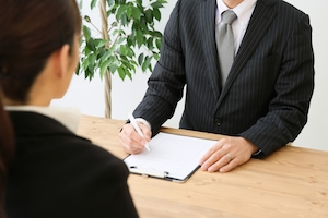 育休復帰前の「会社との復職面談」、どんなこと聞かれる? どんな準備が必要?