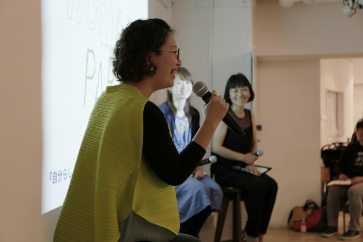 (写真左)フリーランスデザイナー兼mom.entアートディレクター・三上悠里さん