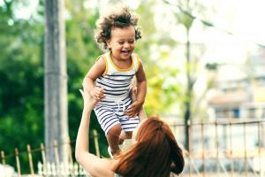 子どもの病気、トラブル。母親として「失敗した」と思うとき、<br>どうしてこんなに落ち込むのか