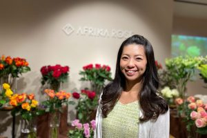 アフリカの美しいバラを日本へ<br>仕事に情熱を傾けた日々を経て迎えた母としてのステージ